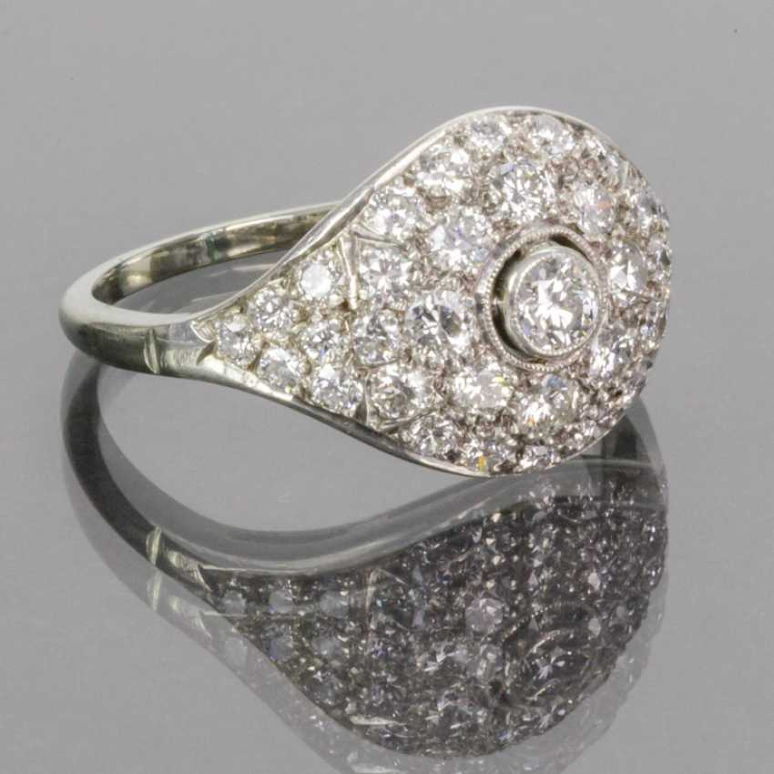 Fancy diamond Ring: 1.4 carats, Wesselton/white, cocktail ring, hand-1. Half of the 20. Century, very good. - photo 2