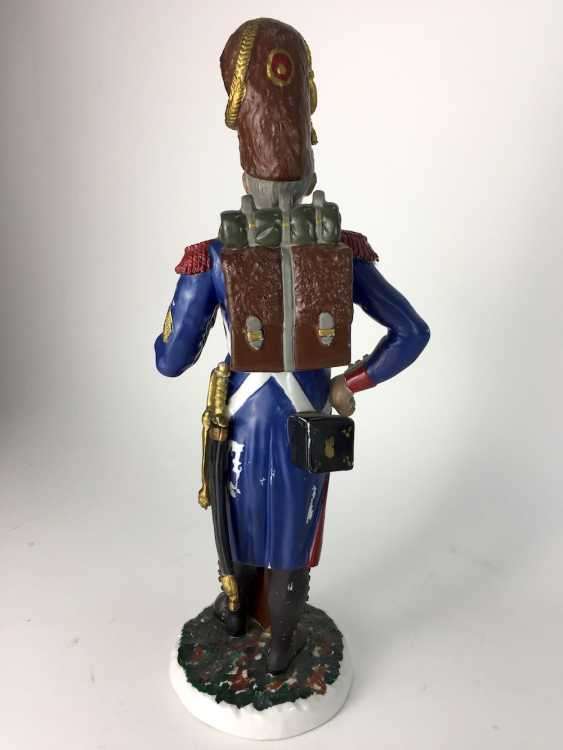 Large porcelain figurine: French Grenadier of the Old guard, very delicate plastic molding, painted. - photo 3