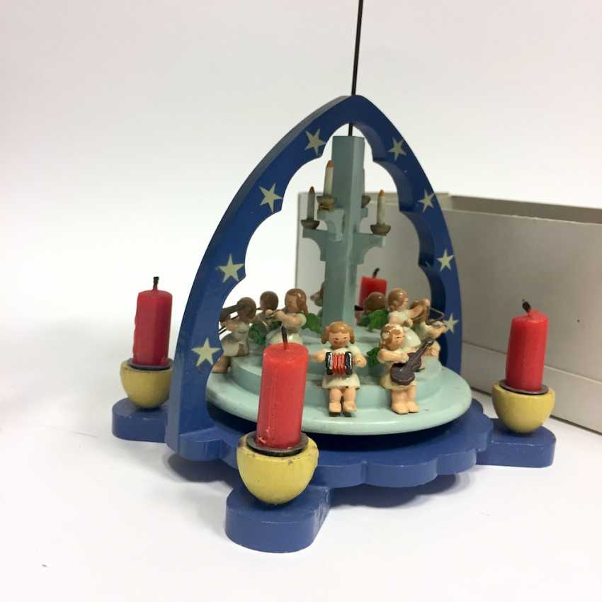 Christmas pyramid: wood color nine angels caught on steps, tools, and four grommets. - photo 2