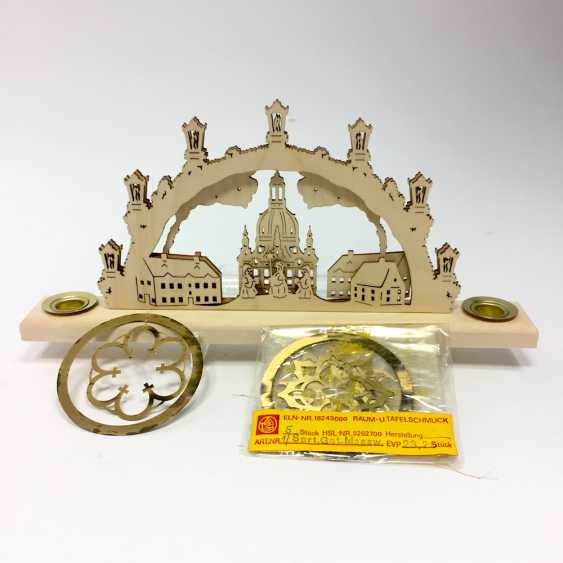Light arch Frauenkirche Dresden, carolers, houses, and five brass tree pendant, ore, new, unused. - photo 1