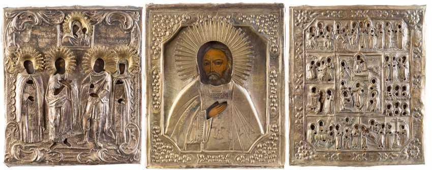 THREE ICONS WITH OKLAD: FIXED TAGS ICON, SAINT SERAFIM OF SAROV AND THE PATRONAL ICON - photo 1