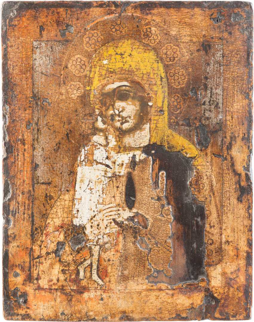 THREE ICONS: THE MOTHER OF GOD OF THE SIGN (ZNAMENIE), THE MANDYLION AND THE MOTHER OF GOD 'FINDING THE LOST' - photo 3