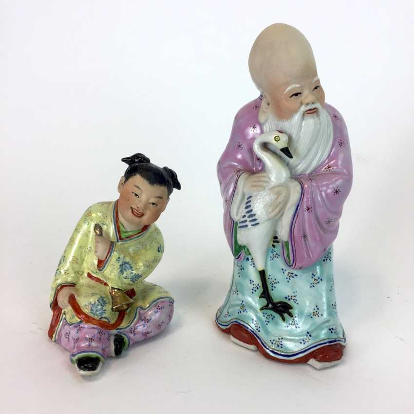 Two Chinese characters: China, China, color equipped, glazed, early 20th. Century, very good. - photo 3