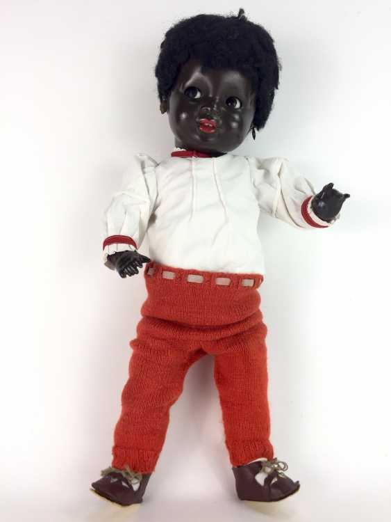 """Negro doll / mass-head-doll / jointed doll, marked """"K and W"""" for king & Wernicke, Walter Hausen, no. 621, 46 cm. - photo 1"""