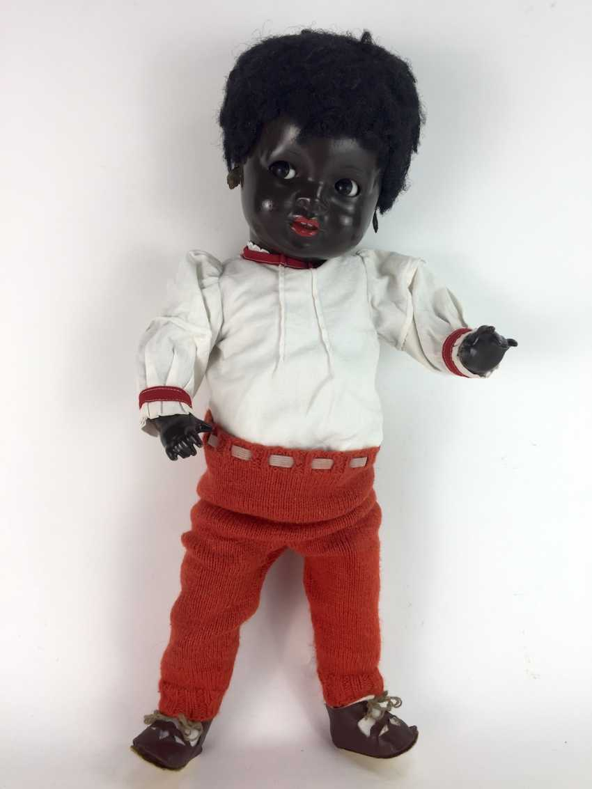 """Negro doll / mass-head-doll / jointed doll, marked """"K and W"""" for king & Wernicke, Walter Hausen, no. 621, 46 cm. - photo 2"""