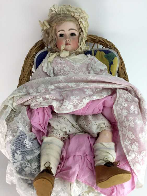 Very large porcelain head doll / jointed doll, swords mark, 70 cm, 1900's, old clothing, leather shoes, very good. - photo 3