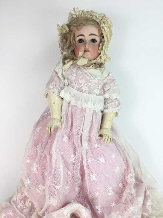 Very large porcelain head doll / jointed doll, swords mark, 70 cm, 1900's, old clothing, leather shoes, very good. - photo 4