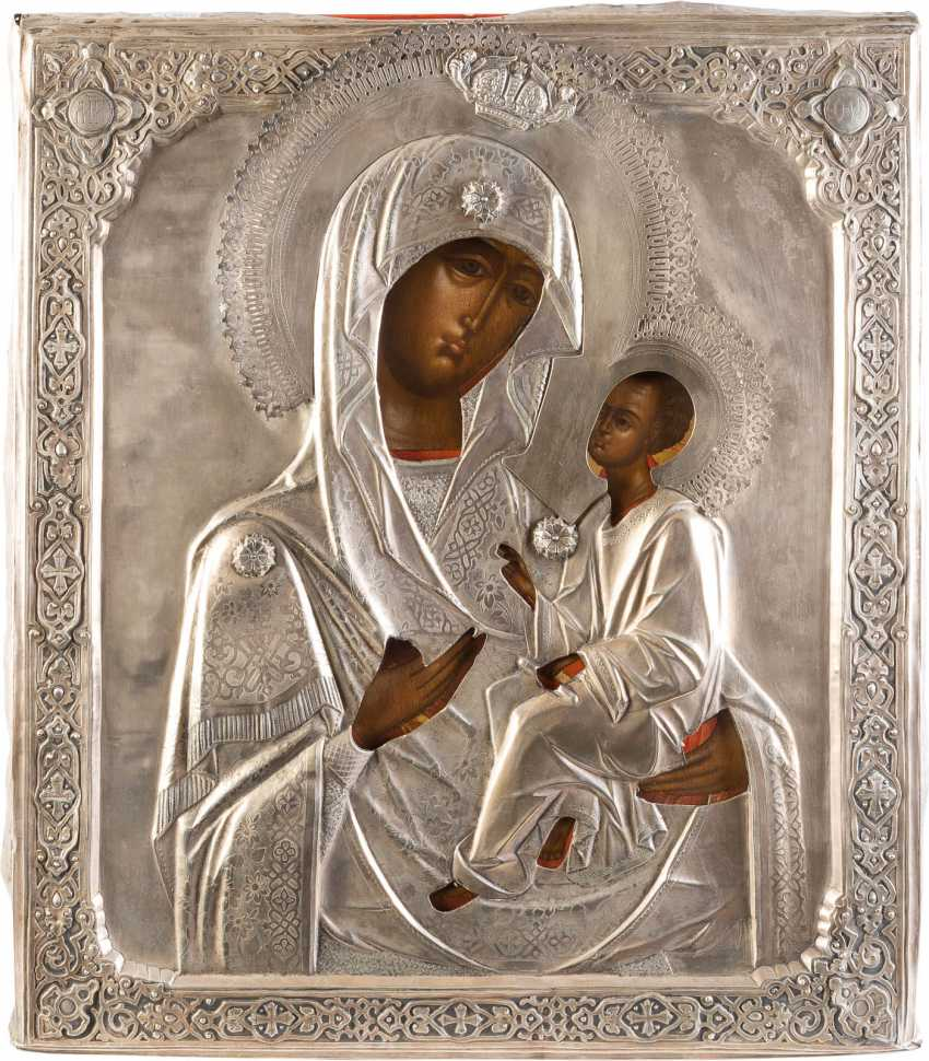 LARGE-SCALE ICON OF THE MOTHER OF GOD OF TIKHVIN (TICHWINSKAJA) WITH SILVER OKLAD - photo 1