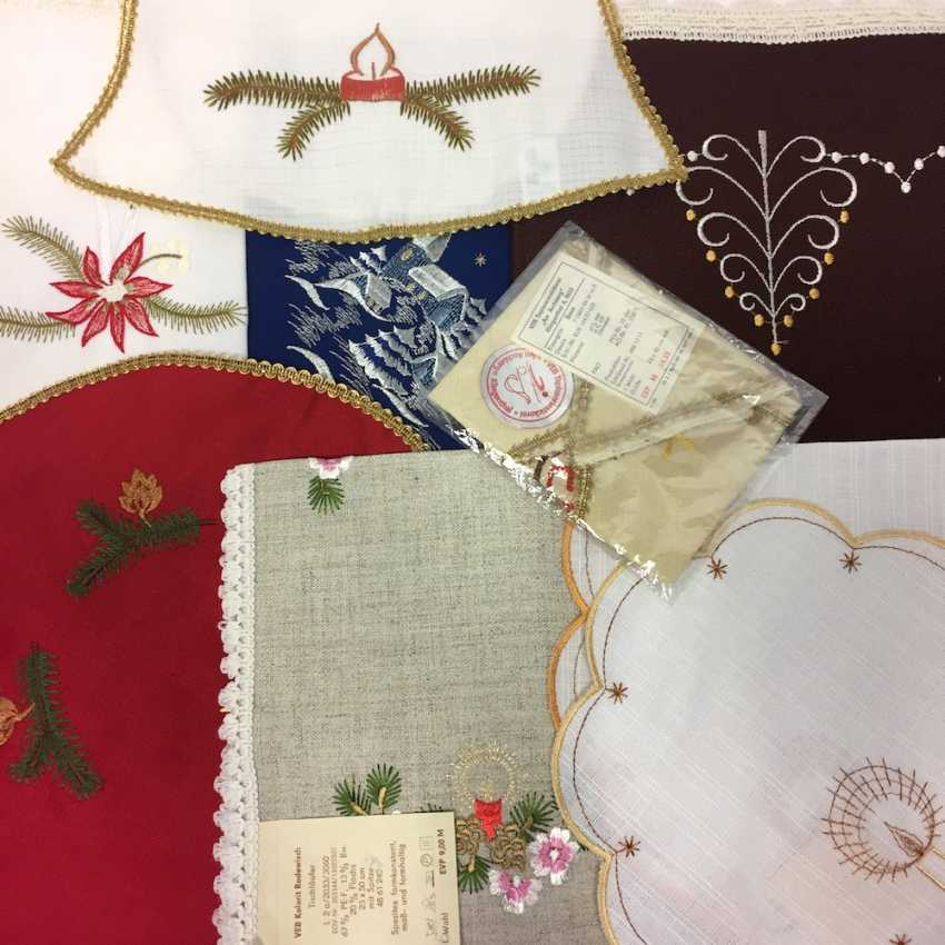 Vintage Christmas Ceiling ceiling: 1 Medium, 1 runner, 7 Cover (round, square, star, bell), unused, in original packaging. - photo 2