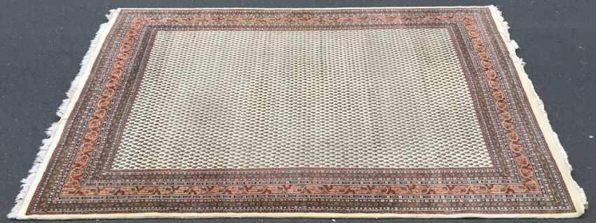 Great rug, bright basic, stylized floral pattern border on both sides, blue/red border, wool, very good condition. - photo 1