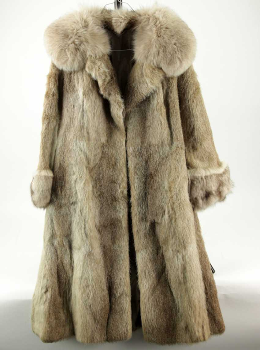 Elegant bright mink coat with silver Fox-applications, new. - photo 1
