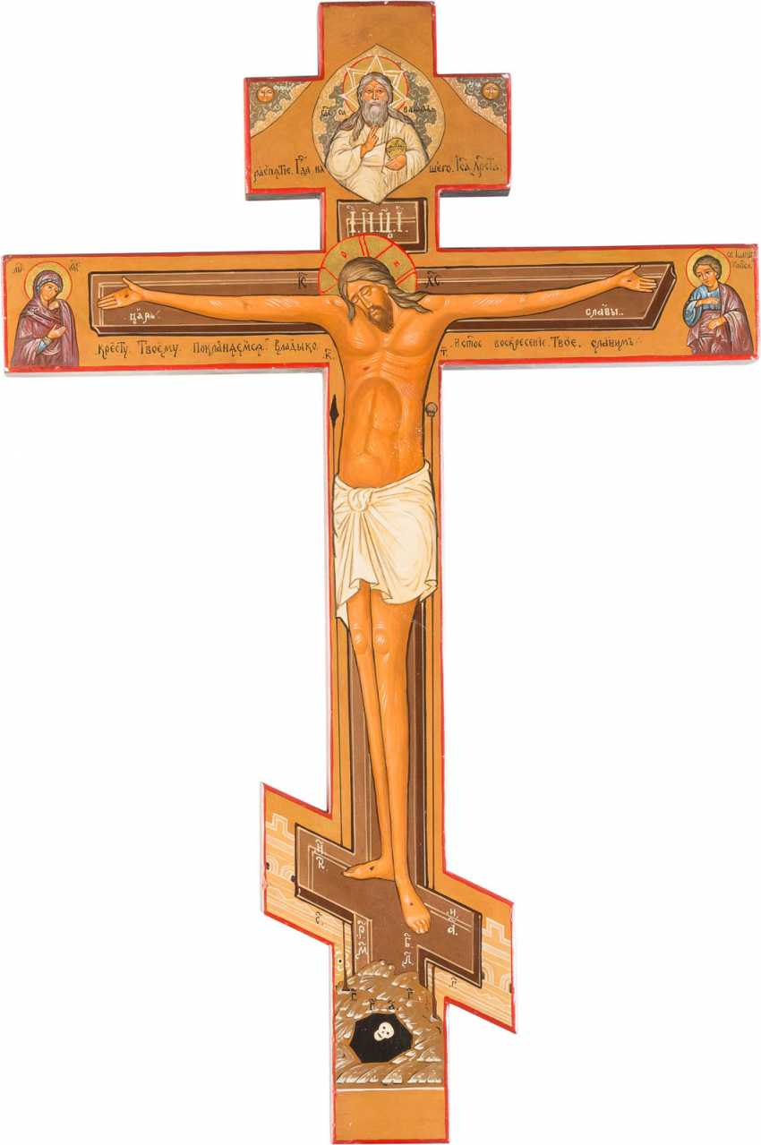 LARGE-FORMAT ICONOSTASIS CROSS, WITH THE CRUCIFIXION OF CHRIST AND THE ARCHANGEL MICHAEL - photo 2