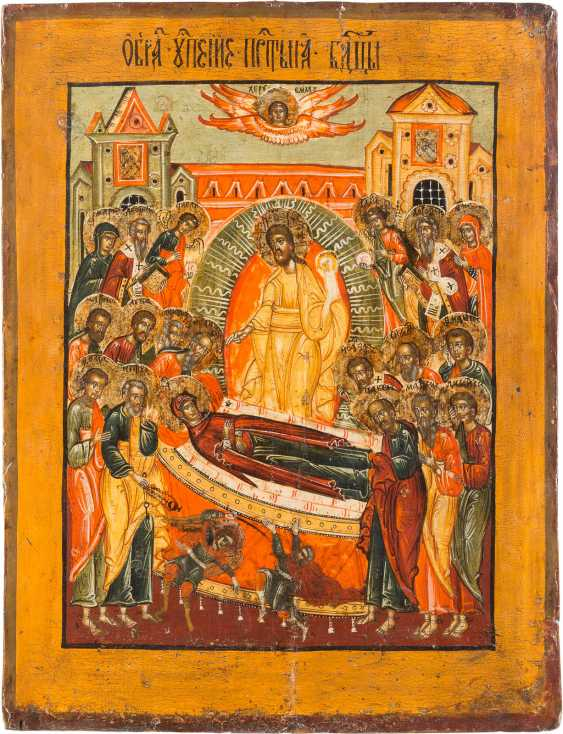 A MONUMENTAL ICON OF THE DORMITION OF THE MOTHER OF GOD FROM A CHURCH ICONOSTASIS - photo 1