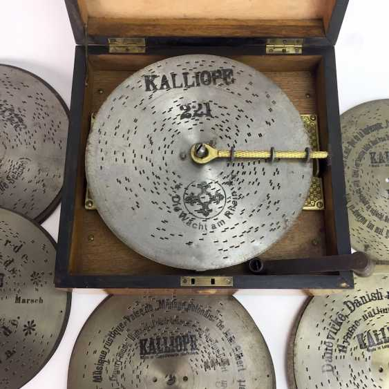 Kalliope music box / Polyphon / Symphonium: Kalliope, Leipzig / Dippoldiswalde, 17 perforated plates, C. 1910, funktionstüc - photo 4