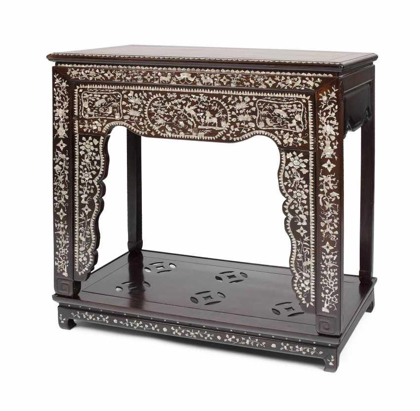 Altar table - photo 1