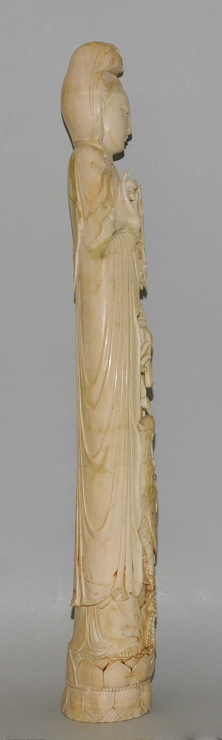 A Large Ivory Figure - photo 8