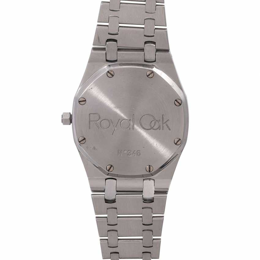 Auction: AUDEMARS PIGUET Royal Oak men's watch, Ref. 14486