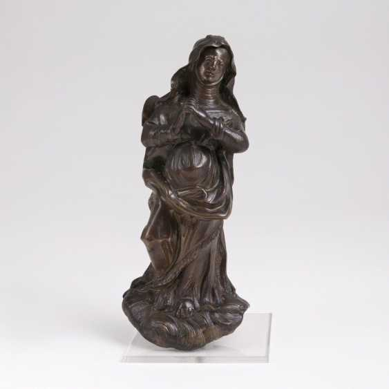 Early Baroque figure of Mary from a crucifixion group - photo 1