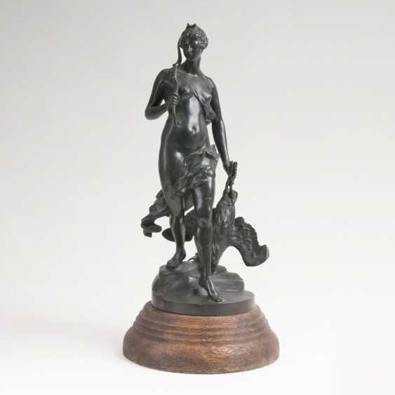 Figur 'Diana auf der Jagd' - photo 1