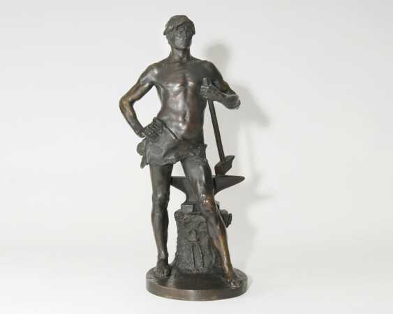 Great figure 'blacksmith with Hammer on anvil' - photo 1