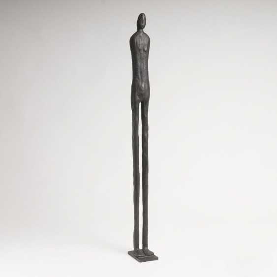 Figur 'Langgestreckte Statuette' - photo 1