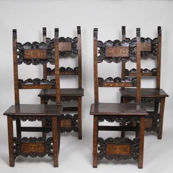 Set of 4 Renaissance chairs with floral decor - photo 1