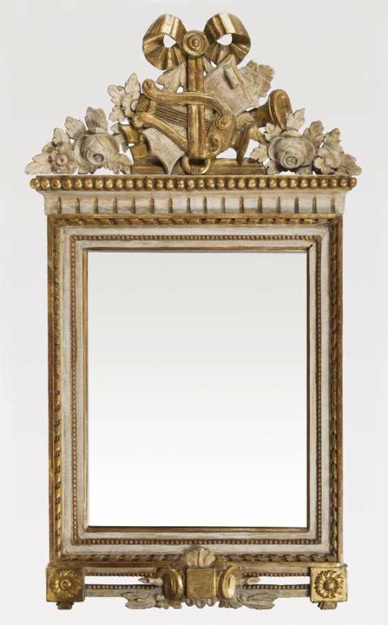 Neo-Classical Mirror - photo 1