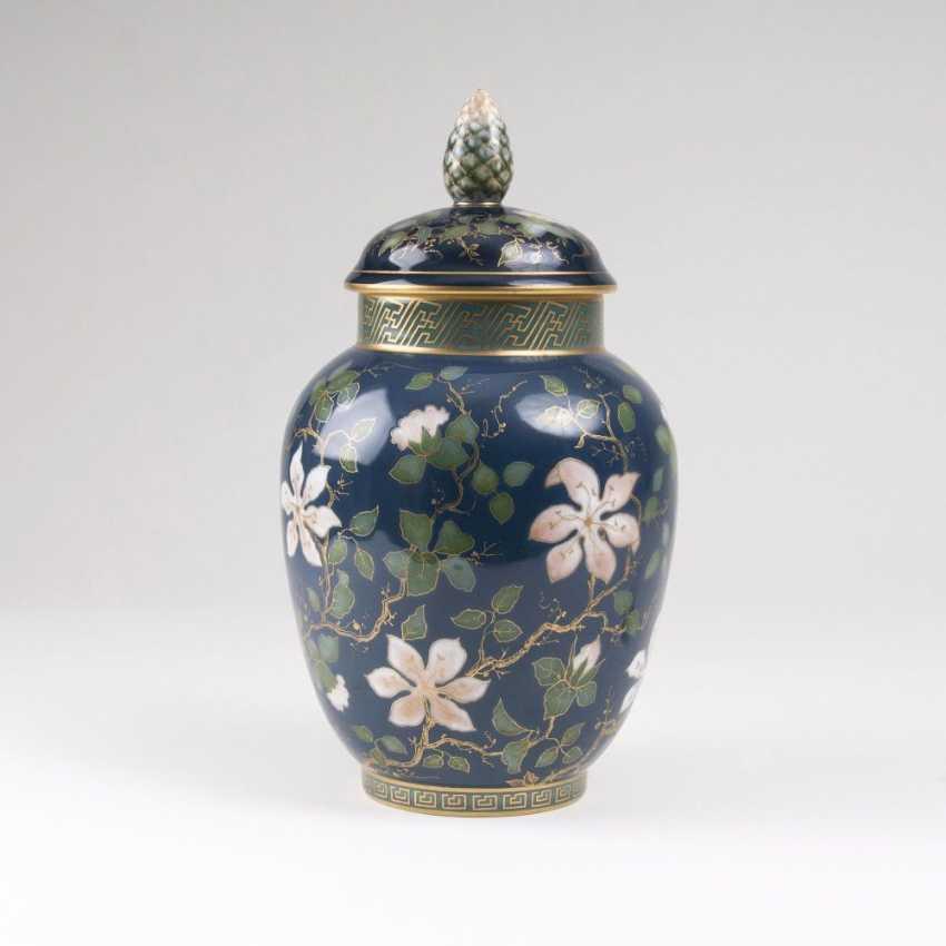 Art Nouveau lidded vase with Clematis vines - photo 1