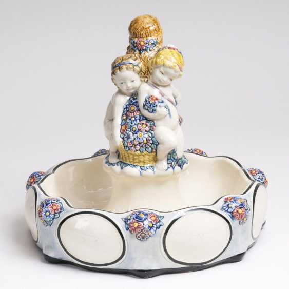 Art Nouveau centrepiece with putti - photo 1