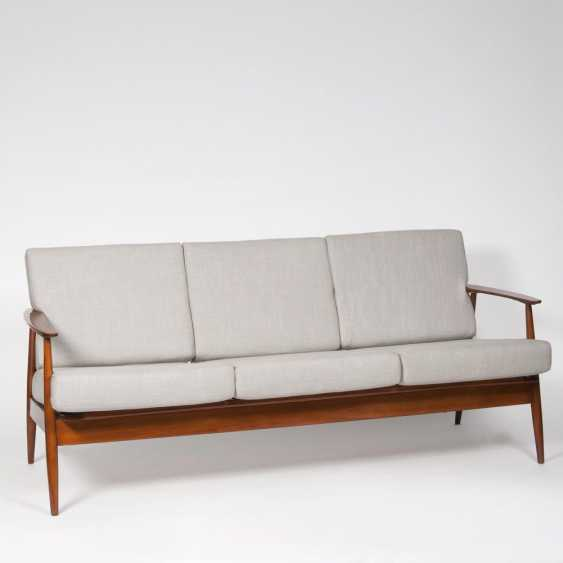 Mid-Century Teak-Sofa - photo 1