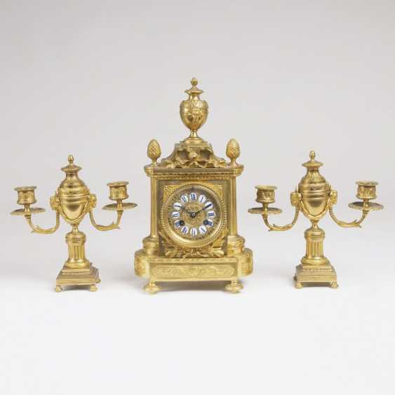 Napoleon III fireplace set: clock and Pair of candelabra - photo 1