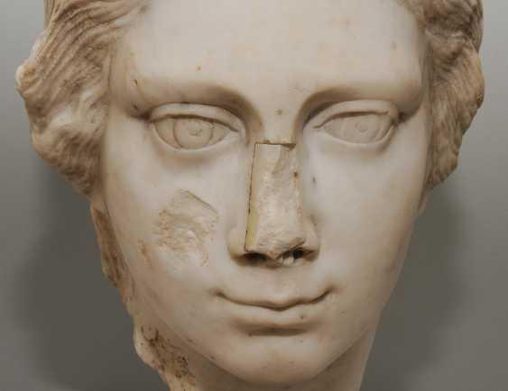 Woman's head - photo 7