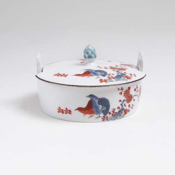 Butter dish with quail decor - photo 1