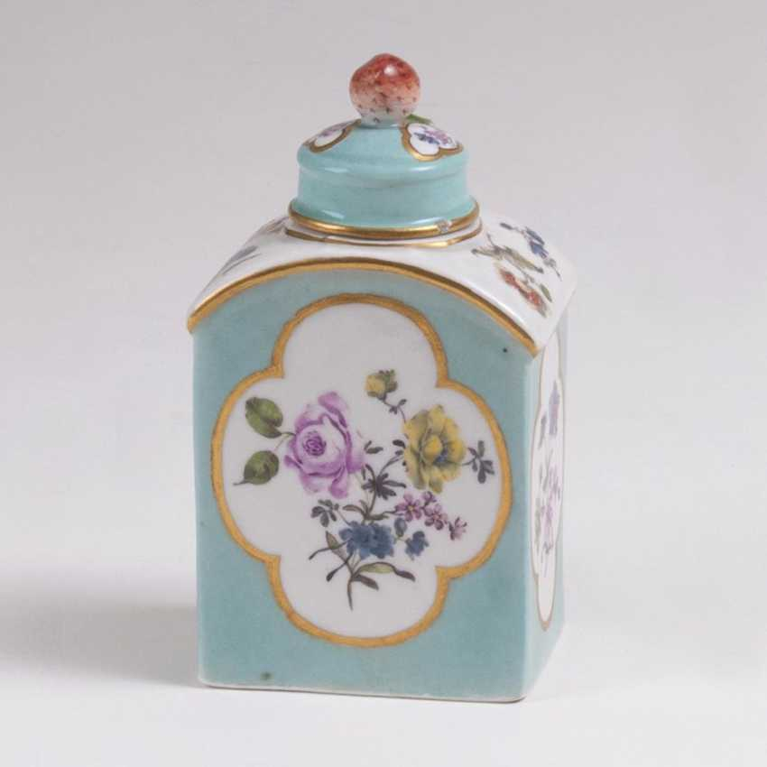Tea caddy with turquoise fond and flowers - photo 1