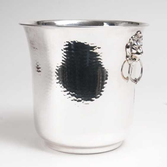 Large champagne cooler with lion heads - photo 1