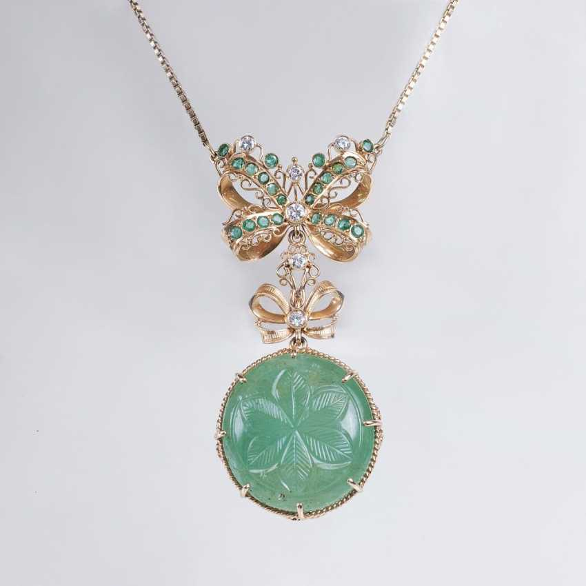 Great Art Deco emerald pendant on chain - photo 1