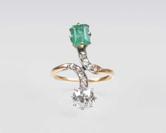 Art Nouveau Diamond Emerald Ring - photo 1