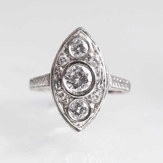 Art Deco platinum Ring with brilliant-trim - photo 1