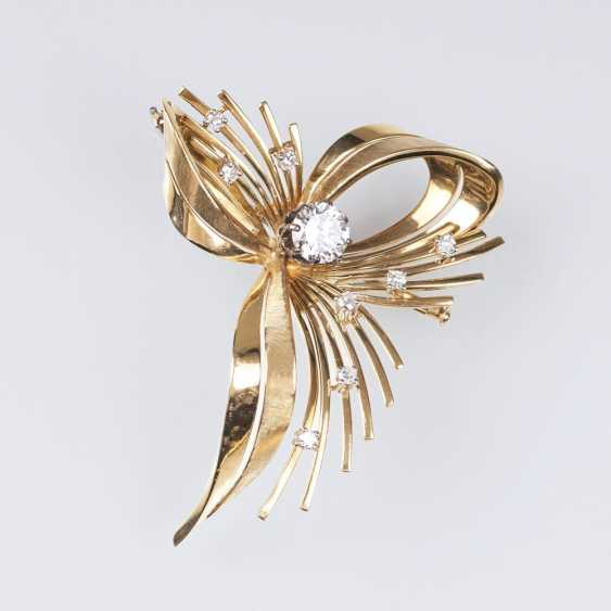 Vintage diamond brooch with solitaire - photo 1