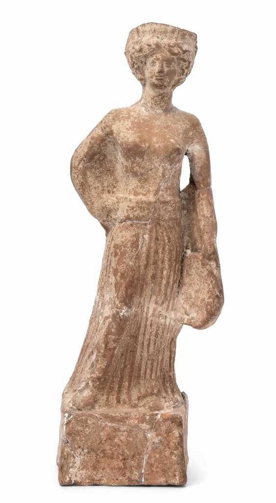A large, female figure - photo 1