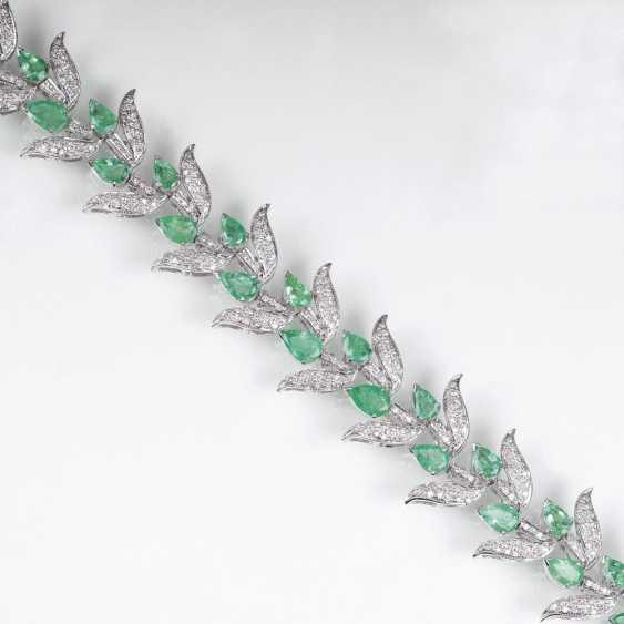 Smaragd-Brillant-Armband im floralen Vintage-Design - photo 1