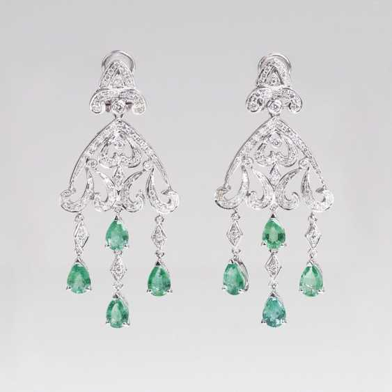 Pair Of Emerald And Diamond Earrings - photo 1