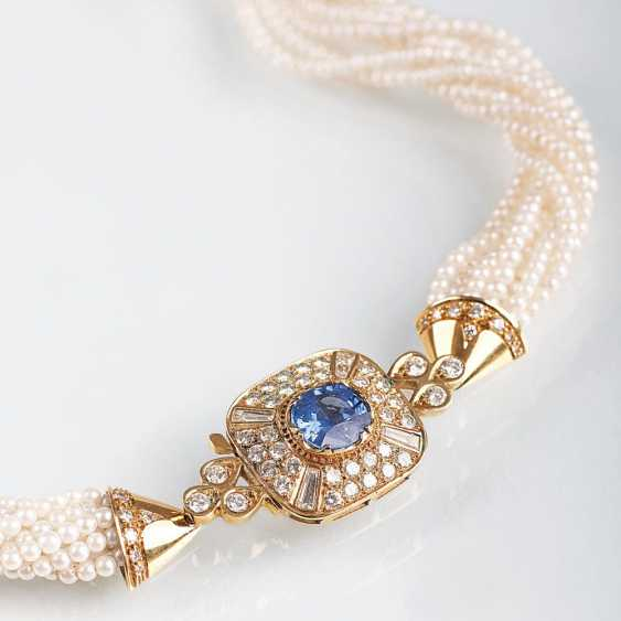 Pearl necklace with sapphire and diamond Clasp - photo 1