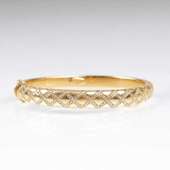 Gold bangle with brilliant-cut diamonds by Wempe - photo 1