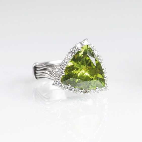 Large Peridot Diamond Ring - photo 1