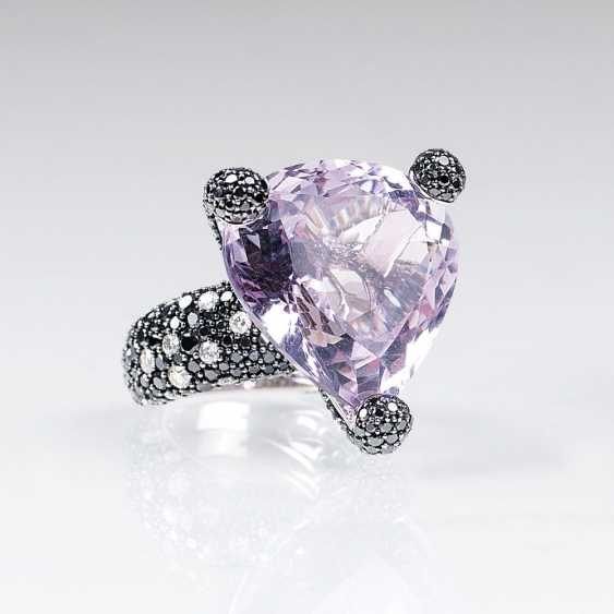Cocktail ring with Amethyst and brilliant-trim - photo 1