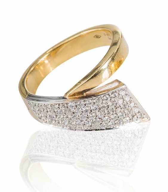 Ring with brilliant-cut diamonds, - photo 1