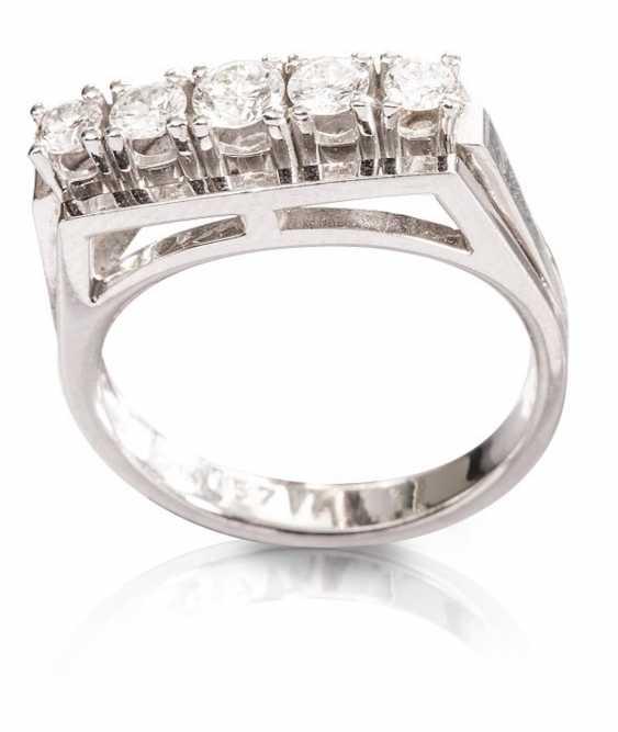 Ladies ring with brilliants, - photo 1