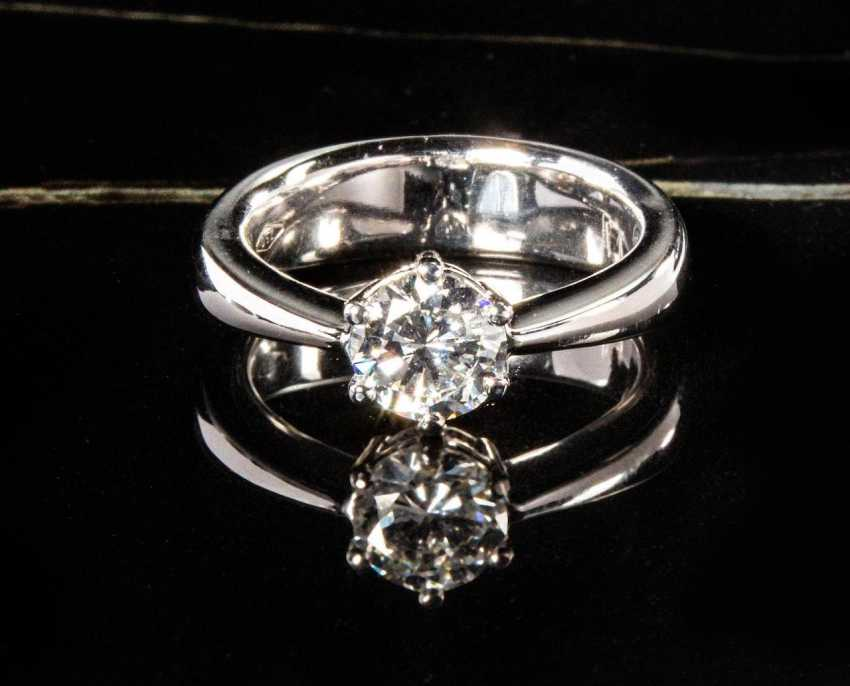 Fine Diamond Ring - photo 1