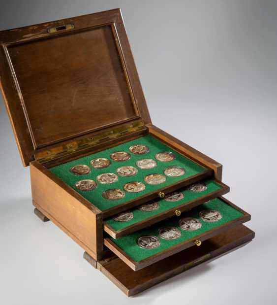 50 Medals Silver - photo 6